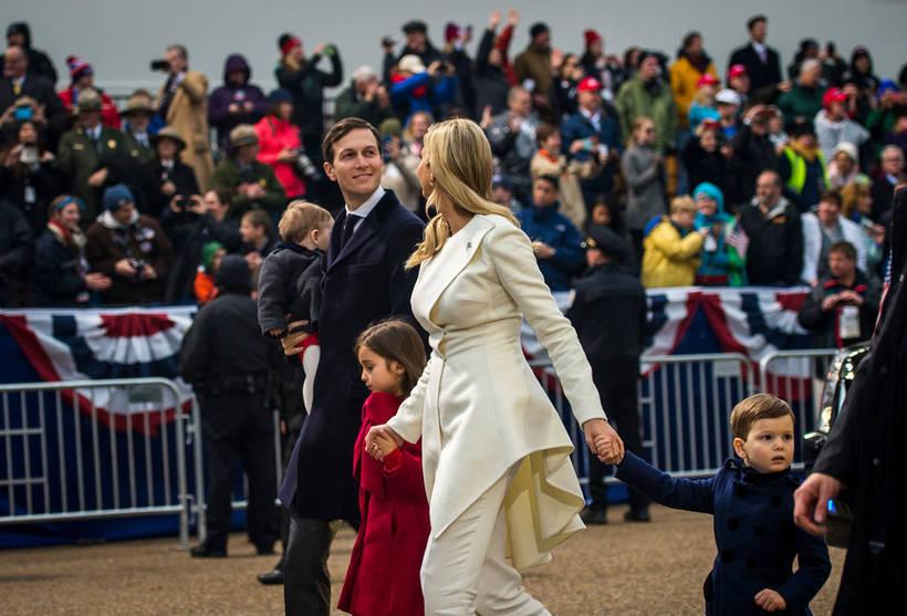 Джаред Кушнер, Иванка Трамп и их дети на инаугурации Дональда Трампа