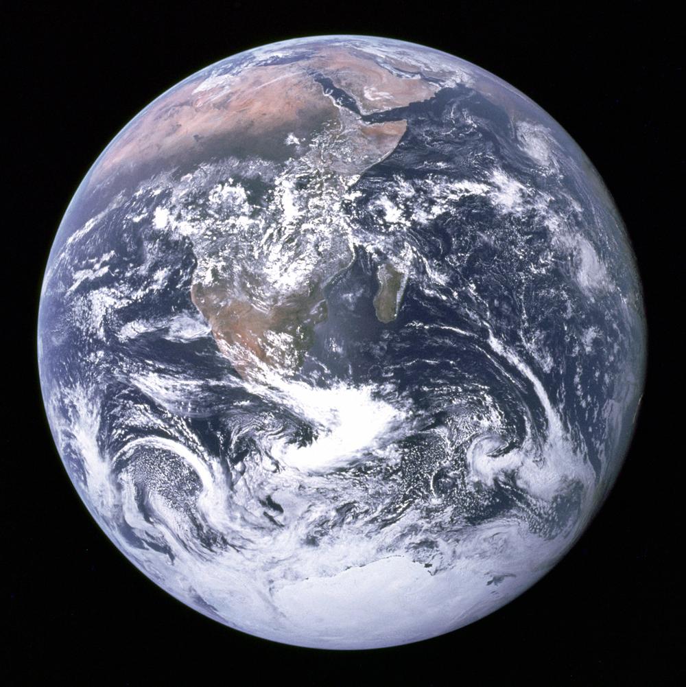 На формирование климата Земли оказывают влияние десятки факторов