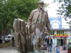 Памятник Ленину возле Сиэтла