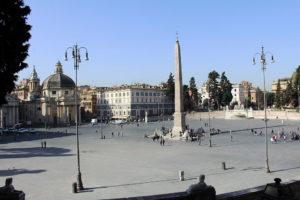 1024px-Piazza_del_popolo_Roma_2011_1