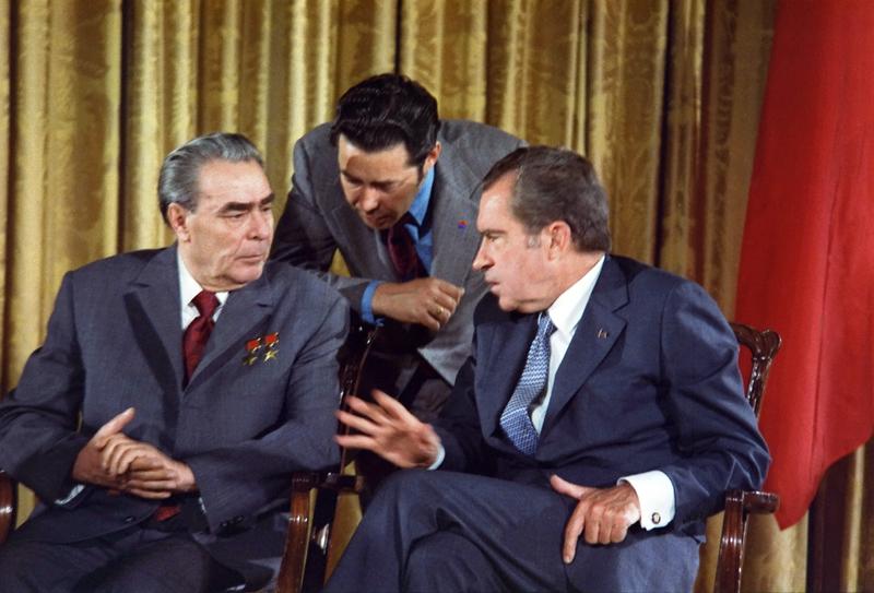 Беседа Р. Никсона с Л. Брежневым в Ялте