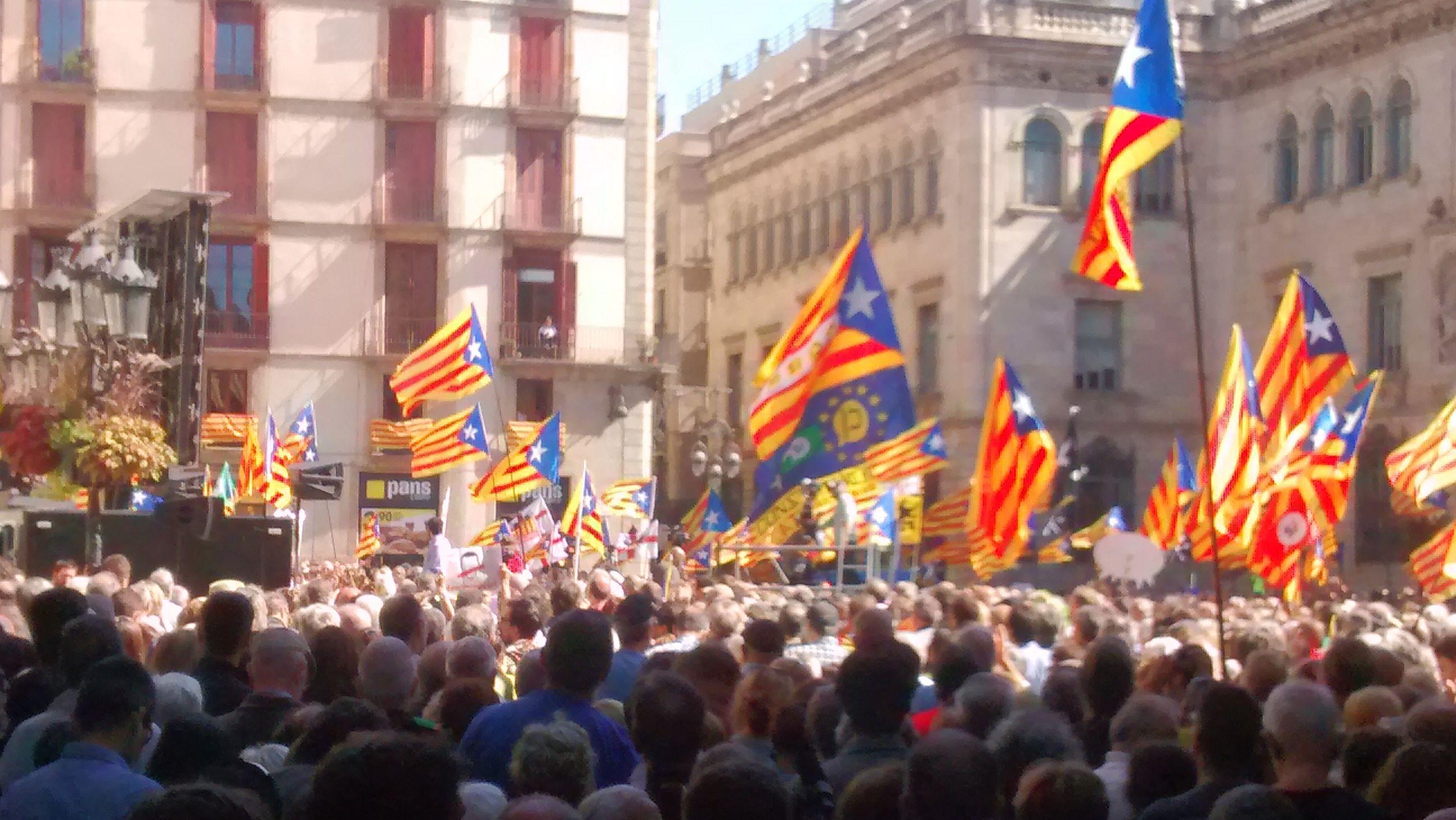 Барселона, 16 сентября 2017 года. Манифестация в поддержку независимости Каталонии