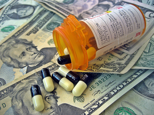 Healthcare-Costs-Images-MoneyCC-BY-2.0-