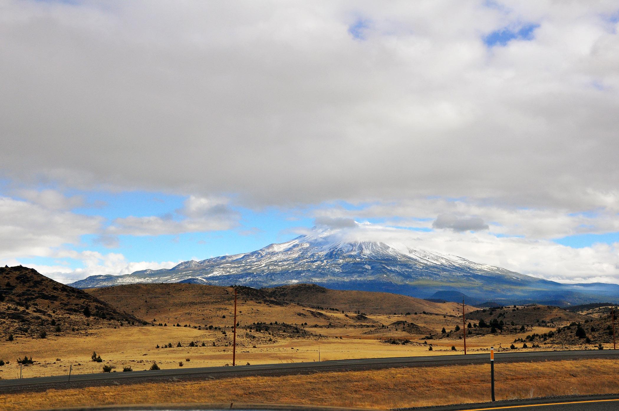 2.-Mount-Shasta